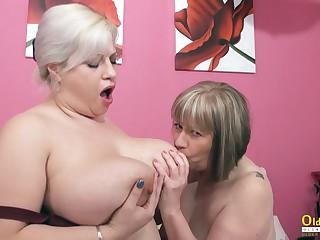 OldNannY BUsty British Full-grown Lesbians Toying