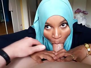 Arabic Hijab Teen Likes To provide Blowjobs
